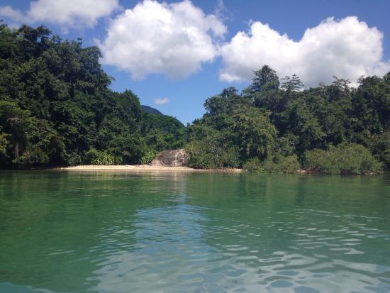 Ilha da Cotia Beach