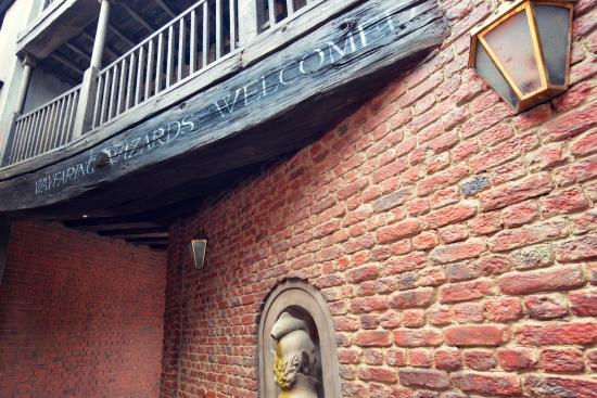 Hotels Near Wizarding World Of Harry Potter Orlando