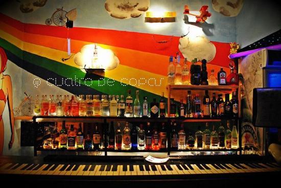 Cuatro de Copas: pianobar