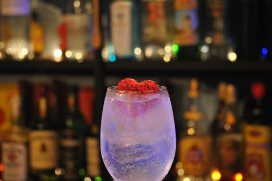 Cuatro de Copas: gin tonic love
