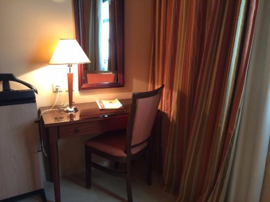 Hotel le Consul Aufnahme