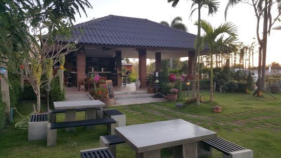 Baan Na Garden Restaurant & Bar - Huay Yai