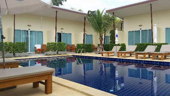 Chalong Princess Pool Villa Resort