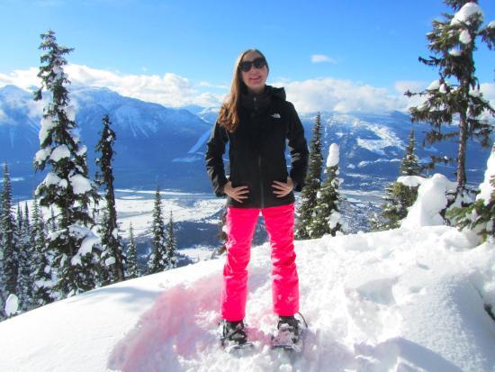 Revelstoke Snowshoe Company: Top of the mountain!