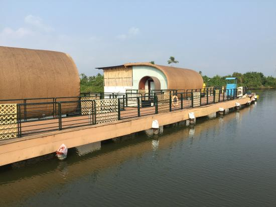 Aquatic Floating Resort Now 68 Was 2 0 3 Updated 2017 Hotel Reviews Kochi Cochin