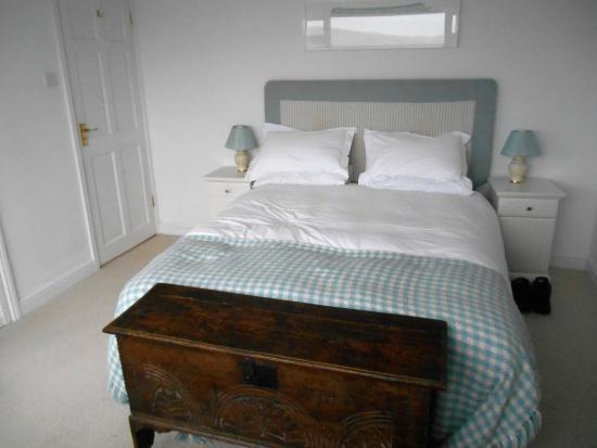 Number 10 Guest House: First floor en-suite
