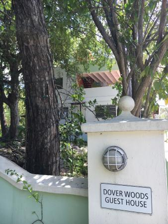 Dover Woods Guesthouse Photo