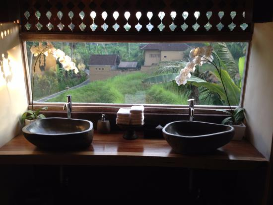soulshine bali: Bathroom Sinks