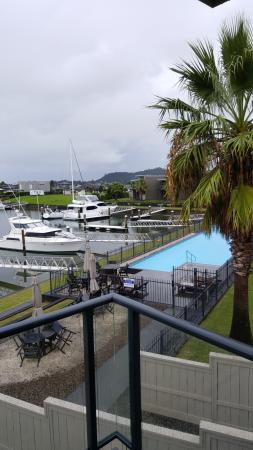 Sovereign Pier on the waterways: Overcast today but really warm