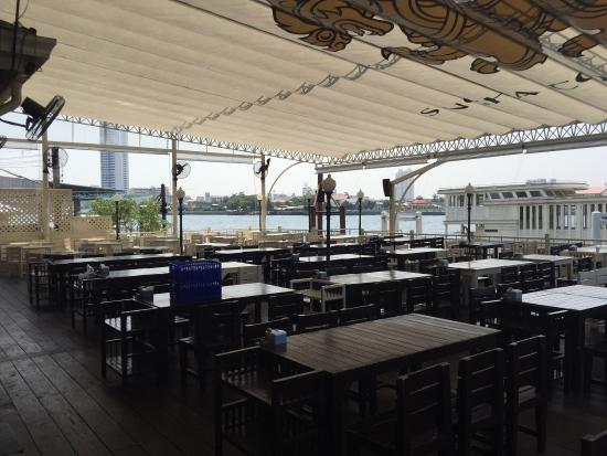 buddy beer wine bar and seafood restaurant picture of buddy beer rh tripadvisor com