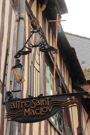 Foto van aitre st maclou rouaan tripadvisor - Saint maclou tapijt van gang ...