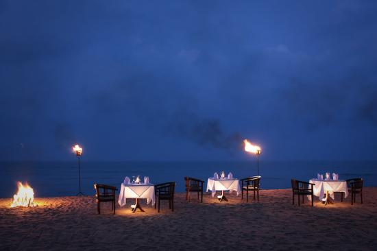 Wadduwa, Sri Lanka: Dine under the stars