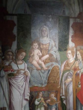 Pordenone, Italy: Madonna con Bambino