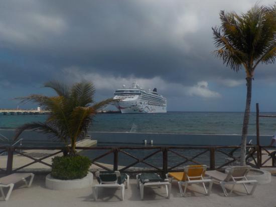cruise port no beach picture of costa maya port mahahual rh tripadvisor ie