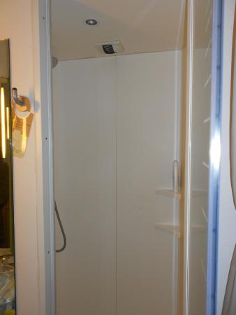 Ibis Budget Bayeux: La doccia