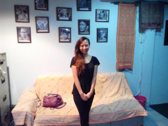 Marco Polo's Travellers: Young Lady from Malaysia Volunteering in Rural Sarawak.