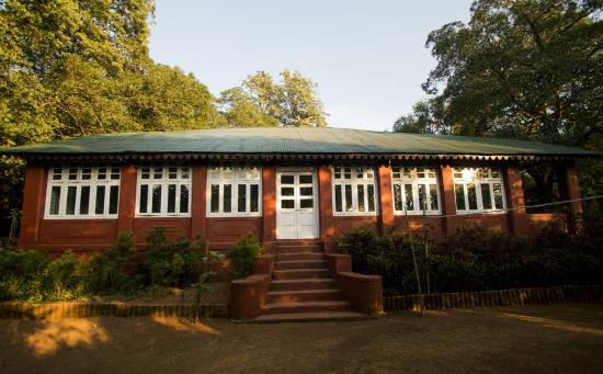Radha Cottage : 100 years old Heritage Bunglow