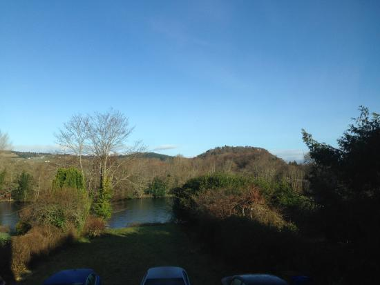 Great river views and friendly hosts