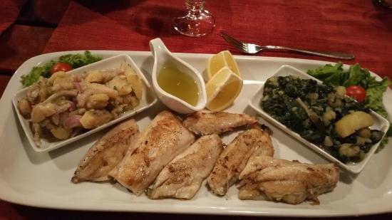 Przno, Montenegro: Parrillada de pescados frescos