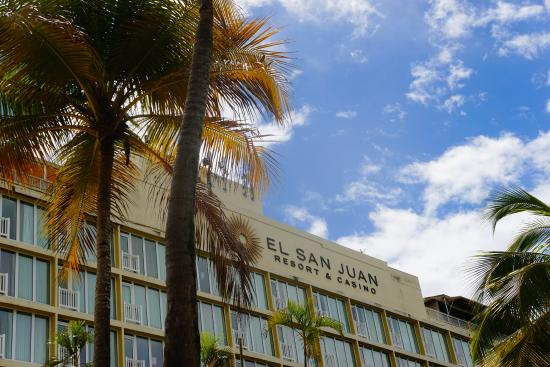 El San Juan Resort & Casino, A Hilton Hotel: Front of the Hotel