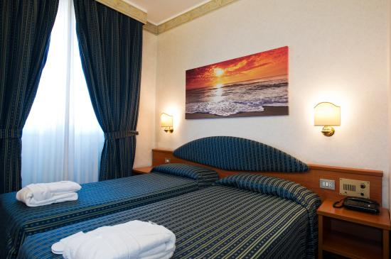 Mec Hotel: Room