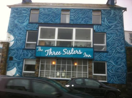 The Three Sisters Inn opposite the harbour in Dunmore East Village