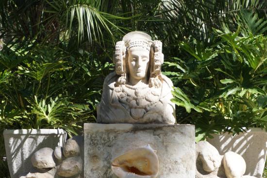 Jardín Artístico Nacional Huerto Del Cura - Picture of Huerto Del Cura Jardin...