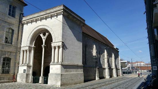Temple et galerie du Saint-Esprit