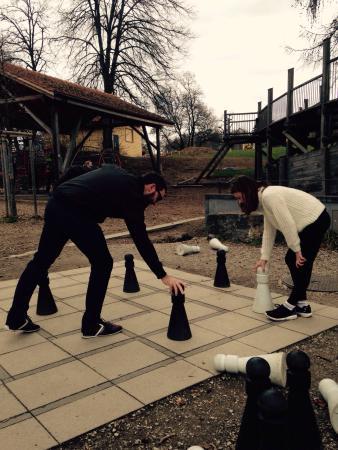 Le gardien du parc de jeux   - Photo de Gurten, Berne - TripAdvisor 20f0396ed98