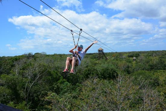 Discovery Jungle Park: Zip Lines