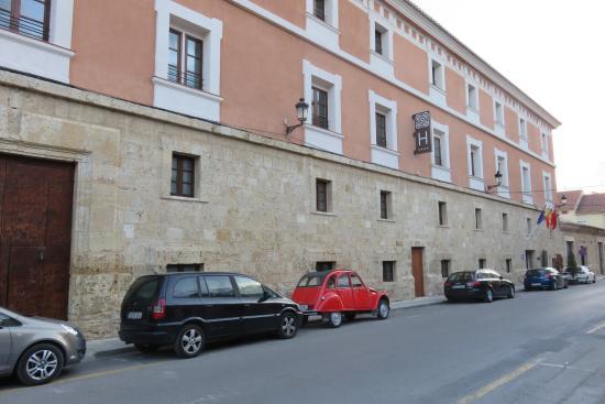 Hotel Martin El Humano: Hotel facade