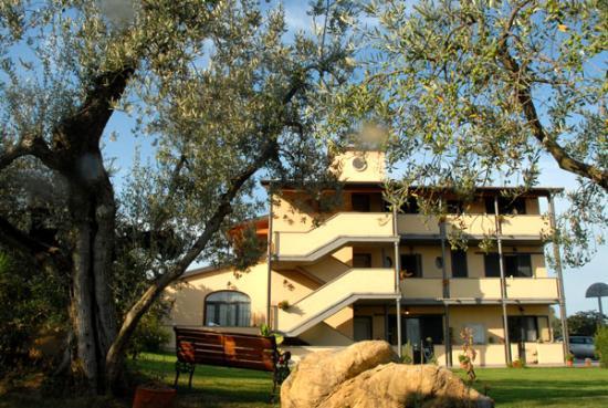 Carlo's Hotel