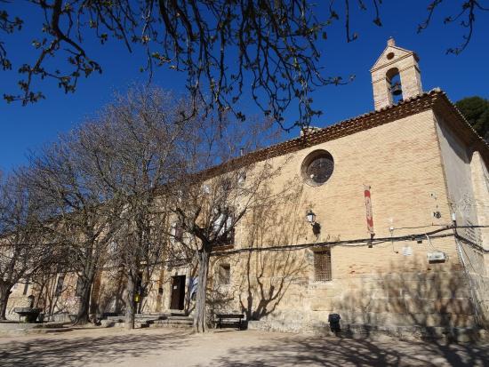 Borja, Испания: Casona y santuario.