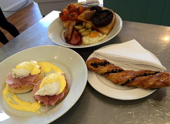 Cool River Cafe: Breakfast