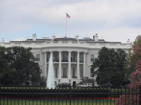 White House (Washington, DC) 2016 - Back View - Picture of ...