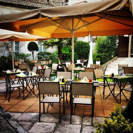 Les jardins des arceaux angoul me restaurant avis for Arceaux de jardin