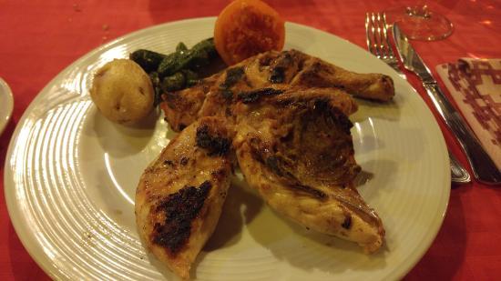 La Massana Parish, อันดอร์รา: Medio pollo a la brasa