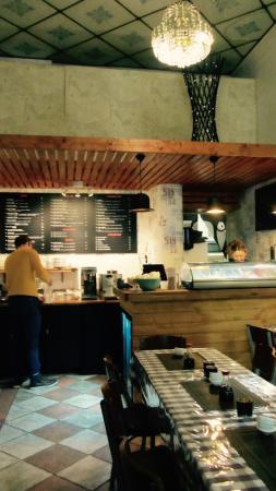 YO! Cafe & Sushi