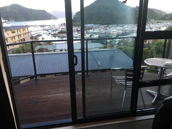 kitchen lounge picture of harbour view motel picton picton rh tripadvisor com