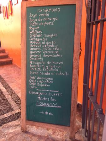 La Una: A very large menu