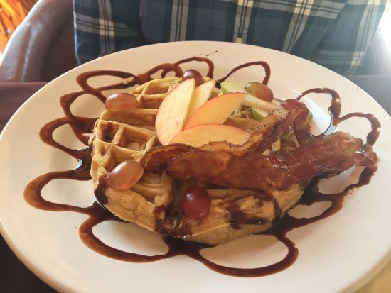 La Una: More Waffles