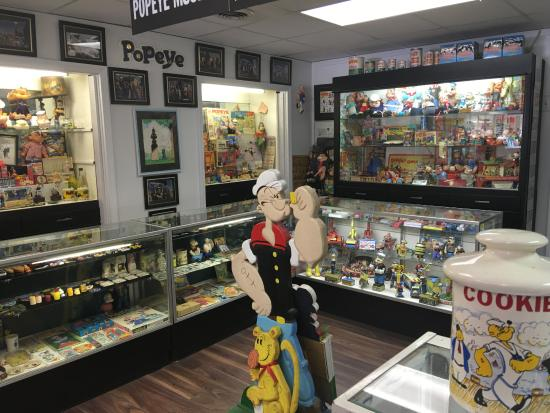 Popeye Museum: Inside the museum--more Popeye stuff than you can imagine!