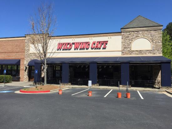 Photo of American Restaurant Wild Wing Cafe at 5530 Windward Pkwy, Alpharetta, GA 30004, United States