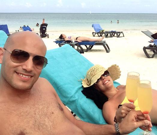 Catalonia Punta Cana Golf & Casino Resort: tomando sol y disfrutando de unas mimosas