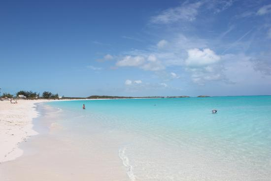 Out Islands: Tropic of Cancer Beach