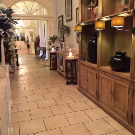 Castle Durrow: Ground Floor Hallway