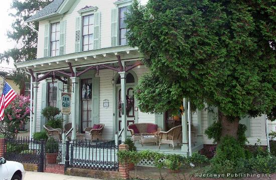Chesapeake City, MD: In the heart of the Historic District