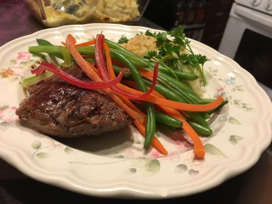 Council Grove, KS: Oatie Beef Filet Mignon