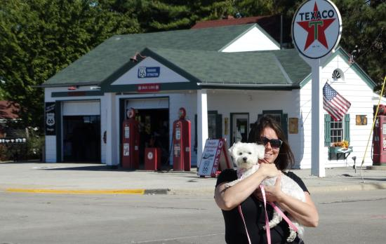 Dwight, IL: GiGi on the Scene at Ambler's Texaco Gas Station.