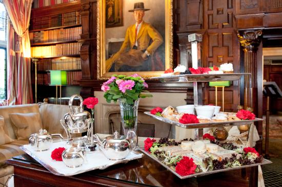 Afternoon Tea in Park Lounge